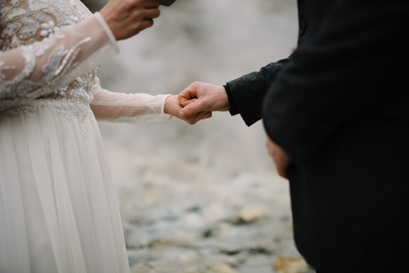 iceland-wedding-photographer-advenuture-elopement-iceland-photography_0027