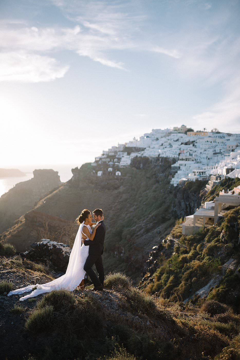 Santorini elopements & wedding Photographer